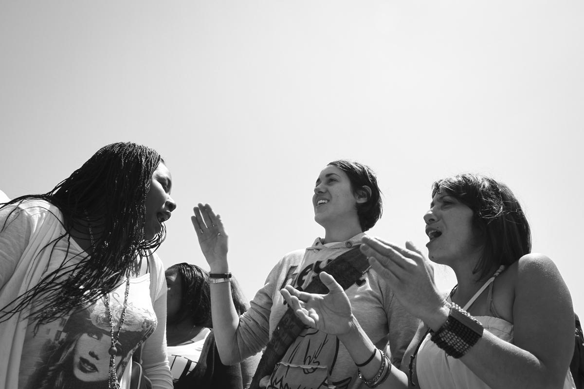 Dones immigrants de la nau industrial Mount Zion del Poblenou, a Barcelona