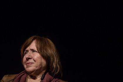 Svetlana Aleksievich, premio Nobel de Literatura, entrevistada por SomAtents en la Fira Literal de Barcelona